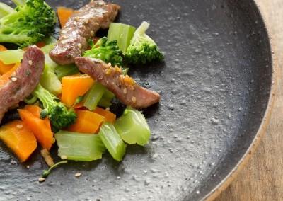 Viande - Canard laqué au sésame et 3 légumes -2887